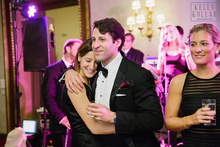 Fall, autumn wedding at St. Ignatius Loyola and New York Athletic Club. Photos by Kelly Kollar Photography.