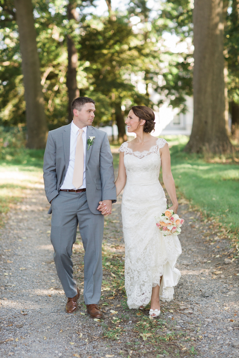 Wedding at Whitby Castle in Rye, New York. Photos by Kelly Kollar Photography.