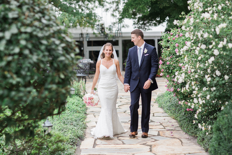 Wedding at Hamilton Farm Golf Club in Bedminster, New Jersey. Photos by Kelly Kollar Photography.